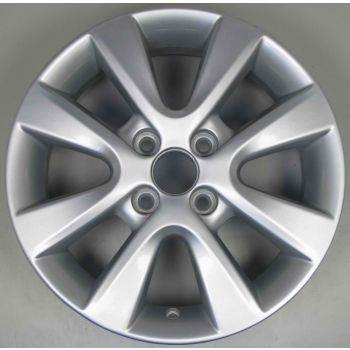 Hyundai i20 8 Spoke Wheel