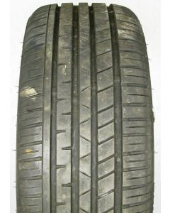 225 40 18 Event Potentem UHP Tyre X1649A